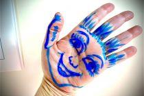 mano-blu-1