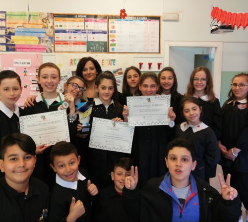 gruppo di alunni della classe V A della scuola primaria di Marchirolo